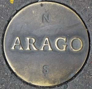 Medaillon Arago Méridien Paris