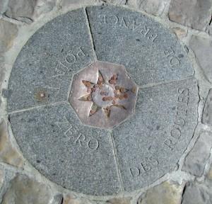 Parvis Notre-Dame - point zéro des routes de France